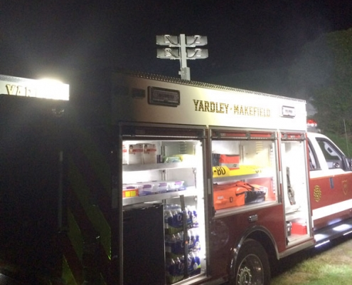 Command Light, Shadow Series, LED Light Tower, Fire Truck Lights, Command Light on top of ambulance lighting scene